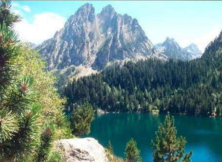 Inglés en entorno natural en Pirineos Superespot